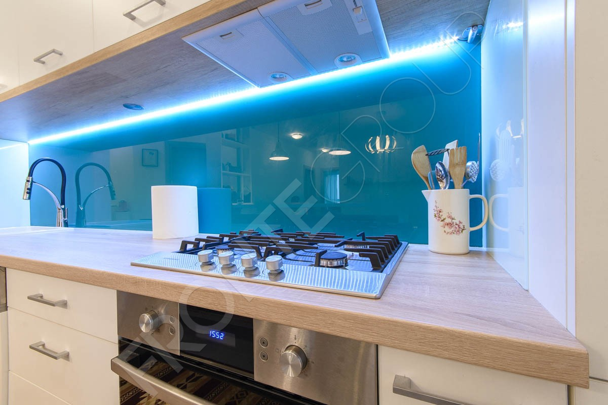 Bucătărie White - Mobilier La Comandă - Fabrică București